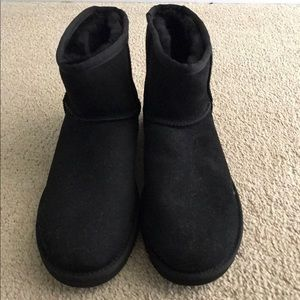 NEW Men's UGG boots size 10